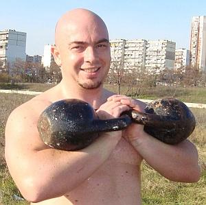 Виктор Каров