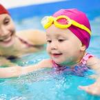 Плувайте с вашето бебе